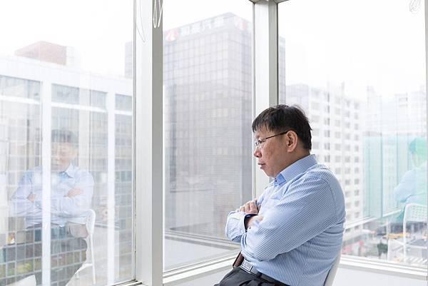 柯文哲表態爭取台北市長連任 - 大巨蛋復工
