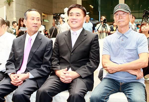 郝龍斌與朱銘共同參與遠雄集團合作知名藝術家活動