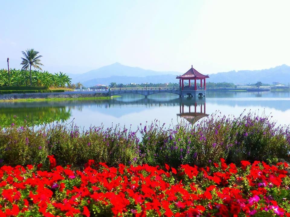 中正湖.jpg