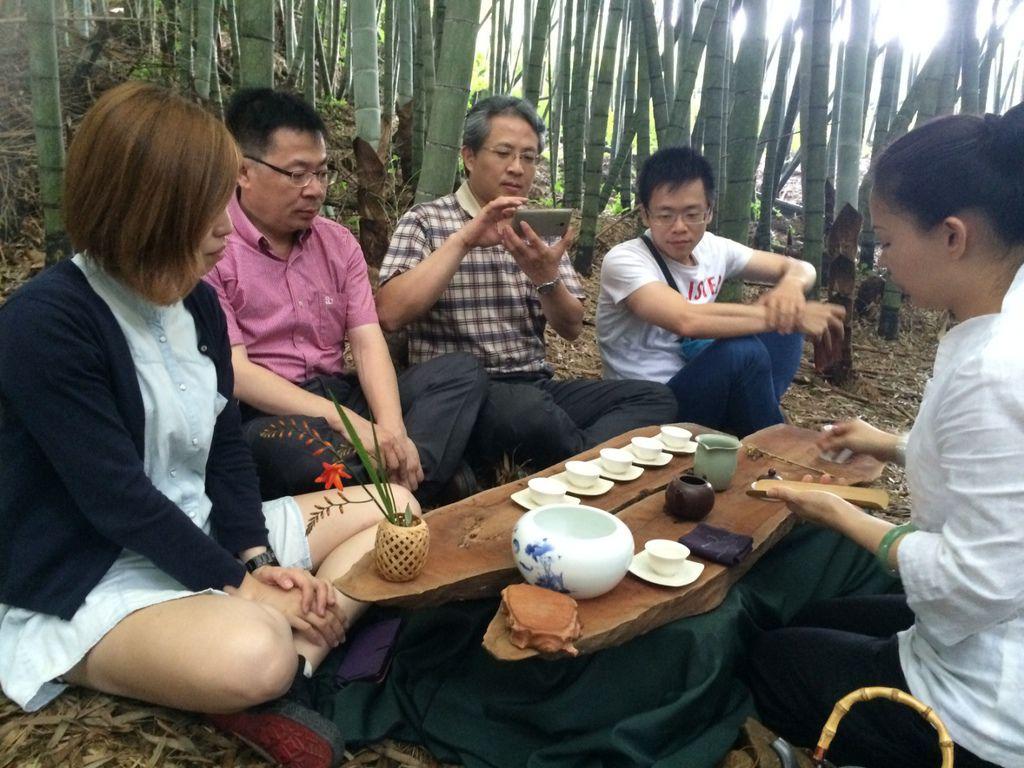 竹林裡的茶席.jpg