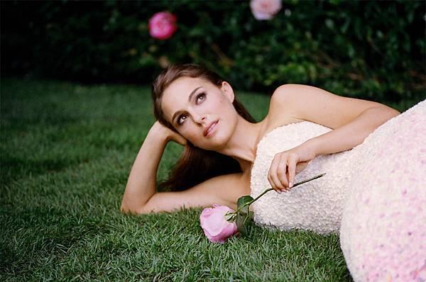 Natalie Portman, Miss Dior (13)