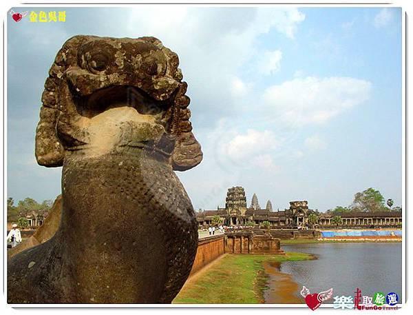 金色吳哥-小吳哥窟AngkorWat護城河-01
