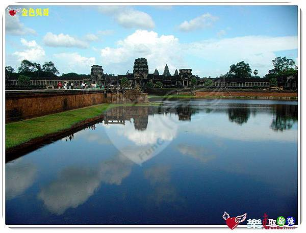 金色吳哥-小吳哥窟AngkorWat護城河-02