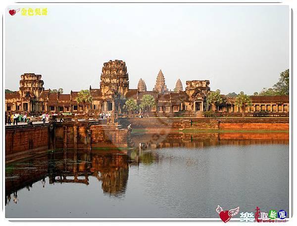 金色吳哥-小吳哥窟AngkorWat護城河-05