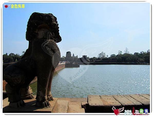 金色吳哥-小吳哥窟AngkorWat護城河-06
