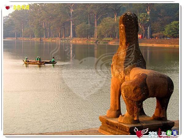 金色吳哥-小吳哥窟AngkorWat護城河-10