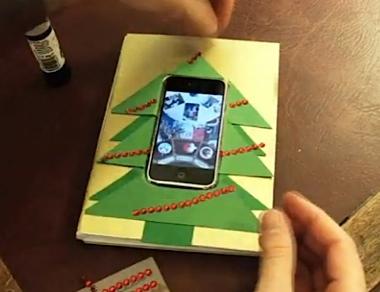 iPhone_Christmas_card_380px.jpg