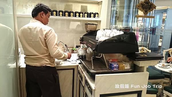 006Mandarin Oriental shop.JPG