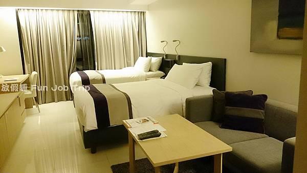 010Maitria Hotel Sukhumvit 18.JPG