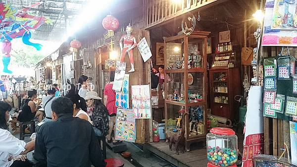 017Kwan Riam Flooding Market.JPG