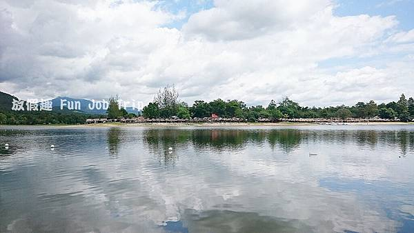 012Huay Tung Tao Lake.JPG