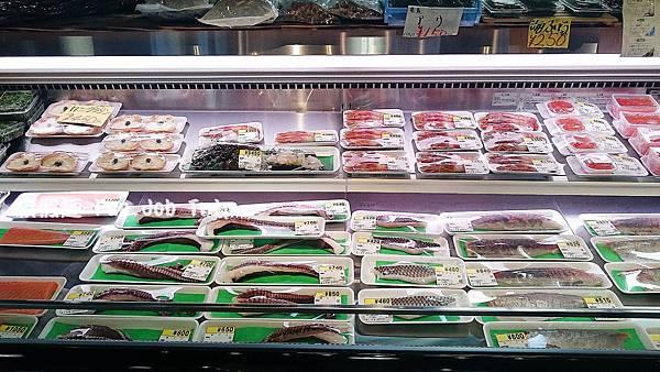 002泊港魚市場まぐろ食堂.JPG
