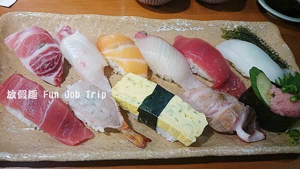 015泊港魚市場まぐろ食堂.JPG