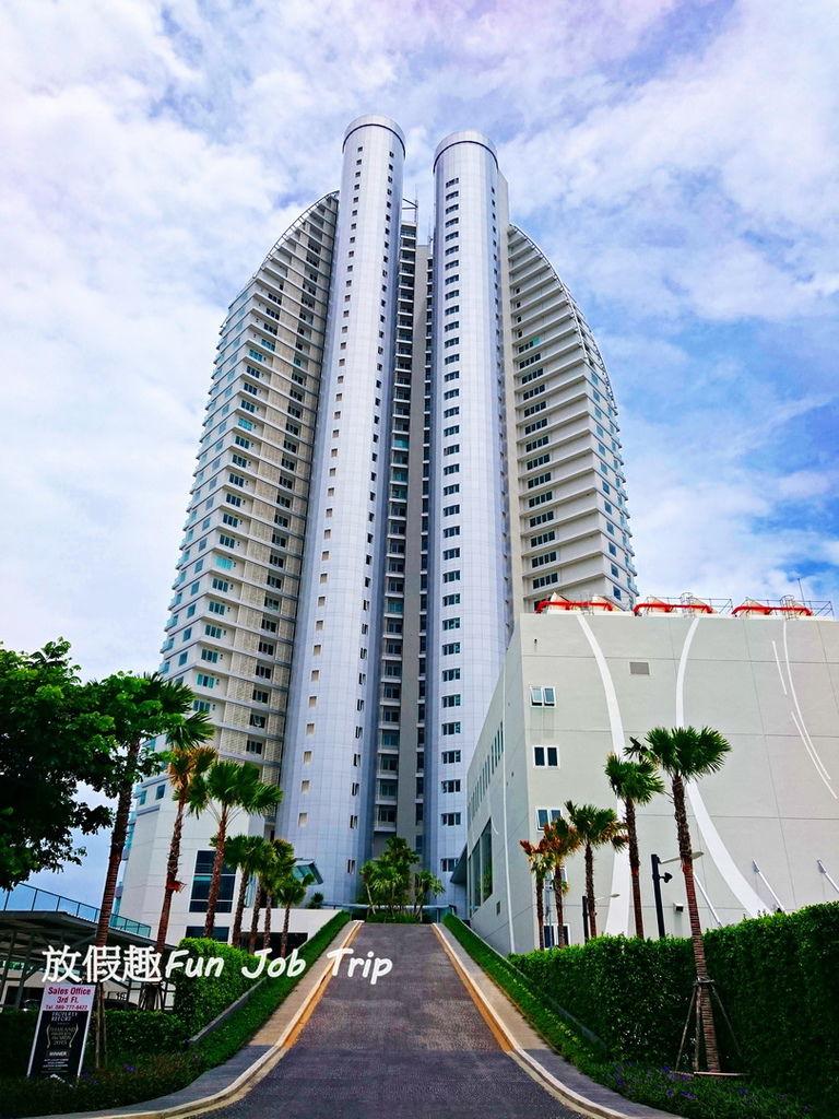 002Movenpick Siam Hotel Pattaya.JPG