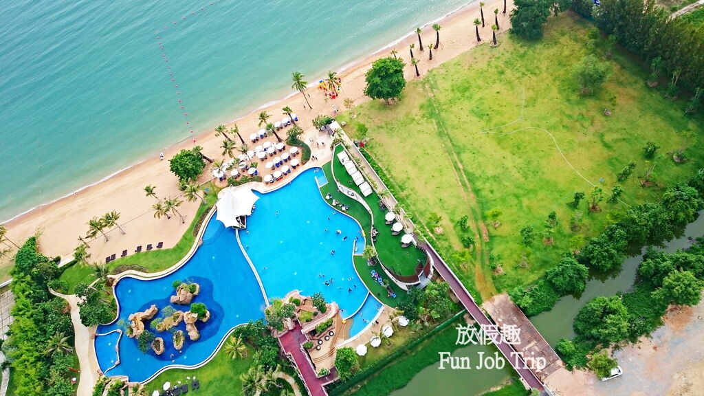 004Movenpick Siam Hotel Pattaya.JPG