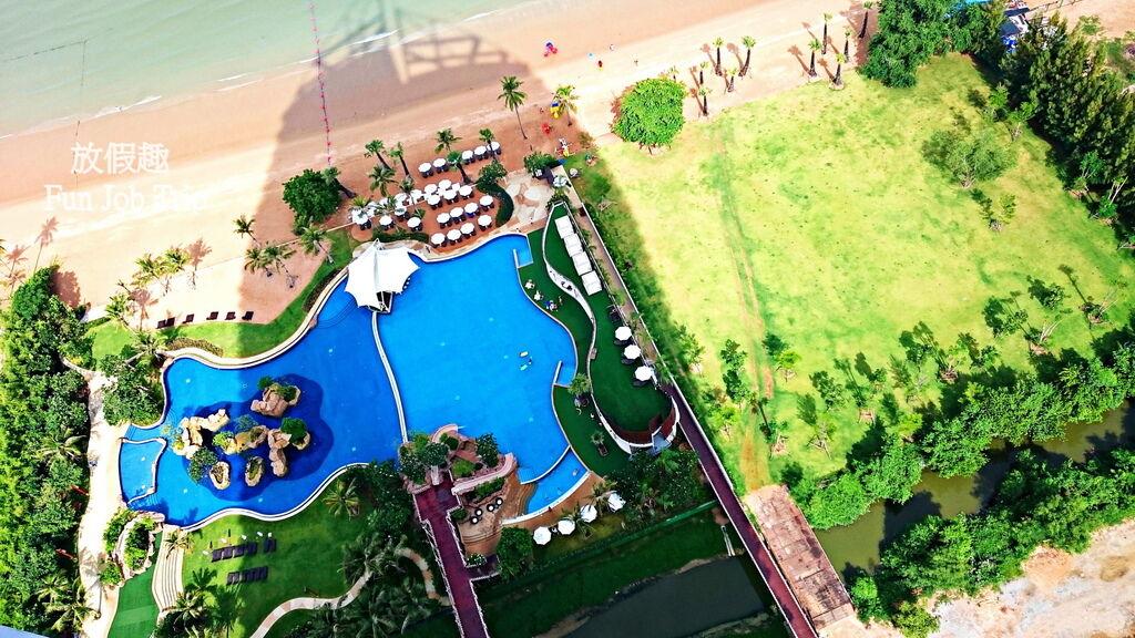 005Movenpick Siam Hotel Pattaya.JPG