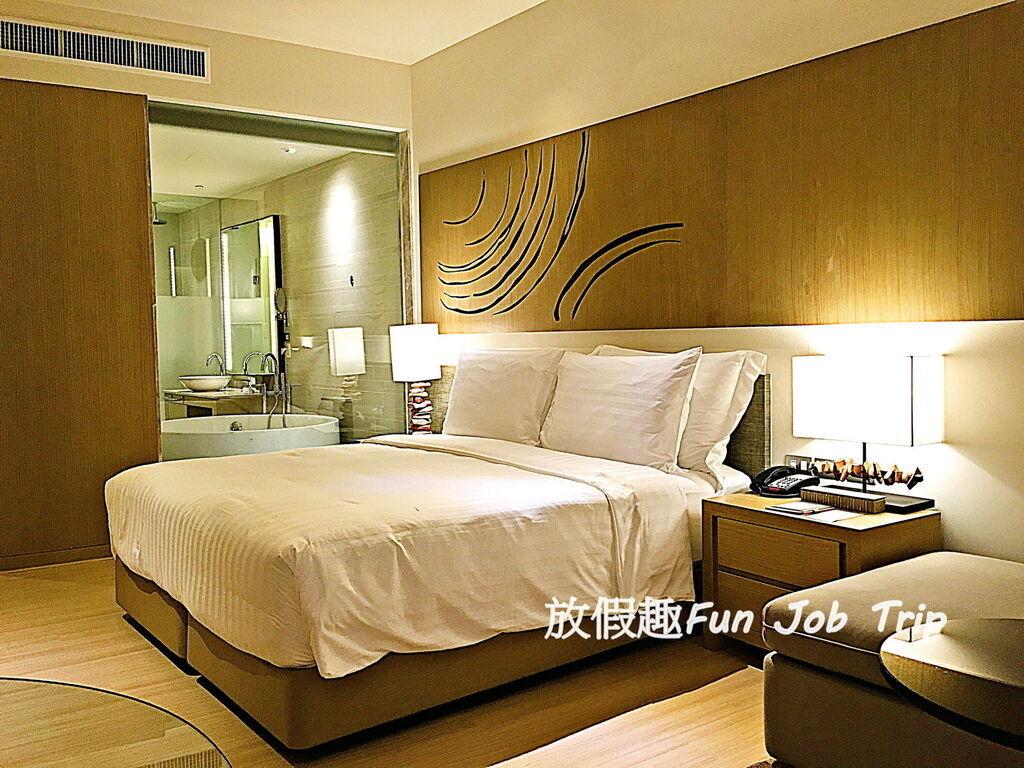037Movenpick Siam Hotel Pattaya.jpg