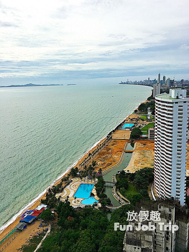 043Movenpick Siam Hotel Pattaya.jpg