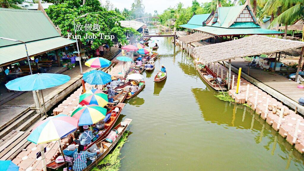 019Tha Kha Floating Market.jpg