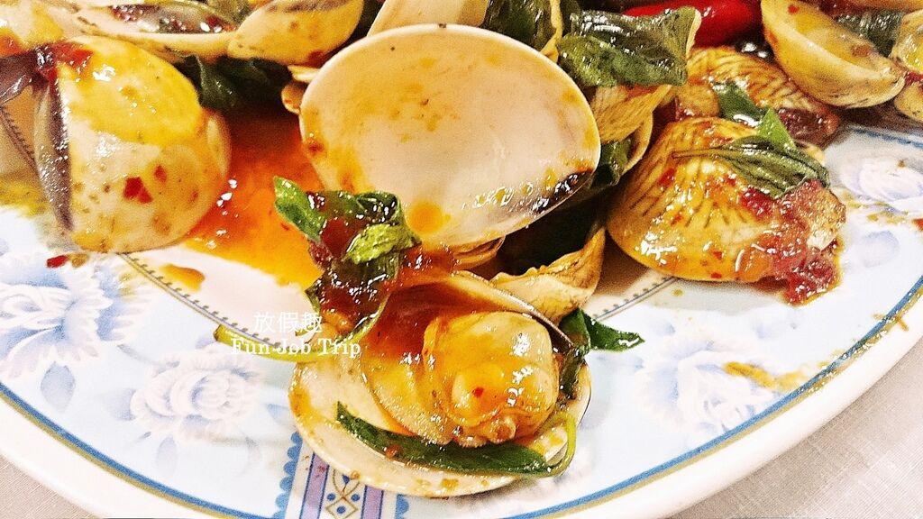 010Preecha Seafood.jpg