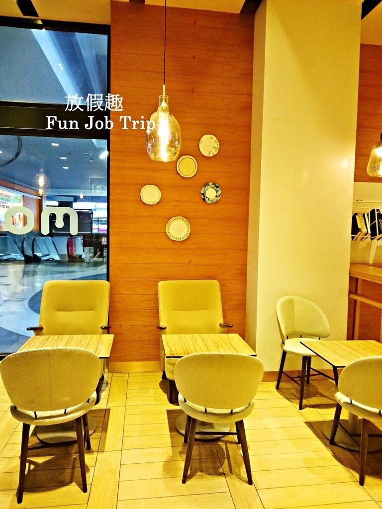 009MORI Dessert Bar.jpg