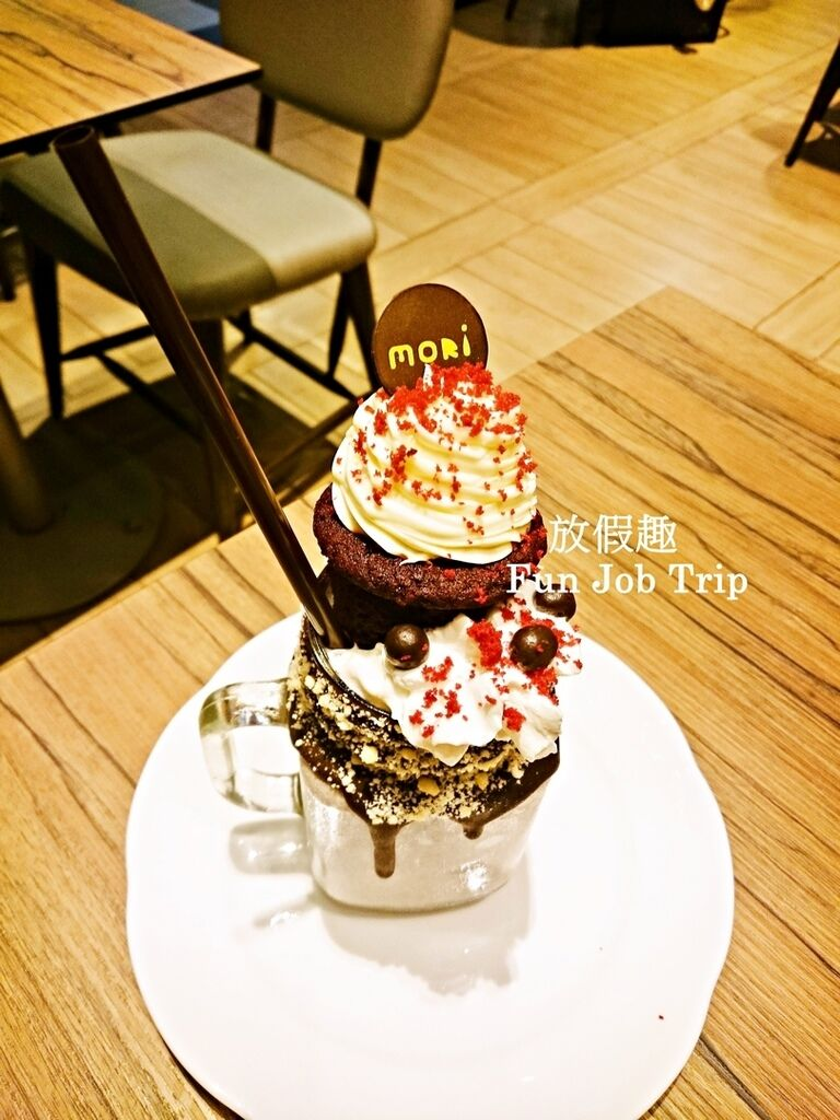 011MORI Dessert Bar.jpg