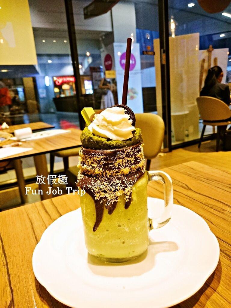 014MORI Dessert Bar.jpg