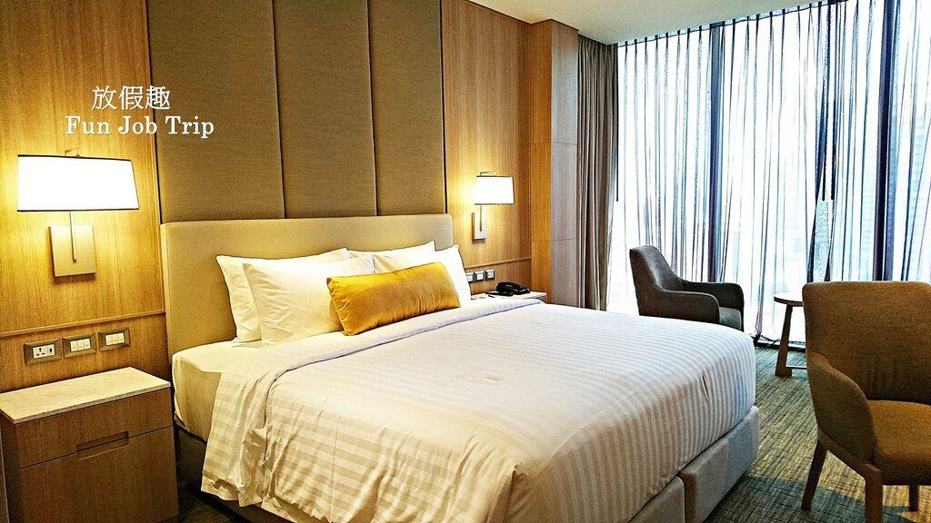 011Compass SkyView Hotel.jpg