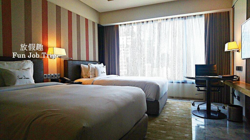 012.DoubleTree by Hilton Sukhumvit Bangkok.jpg