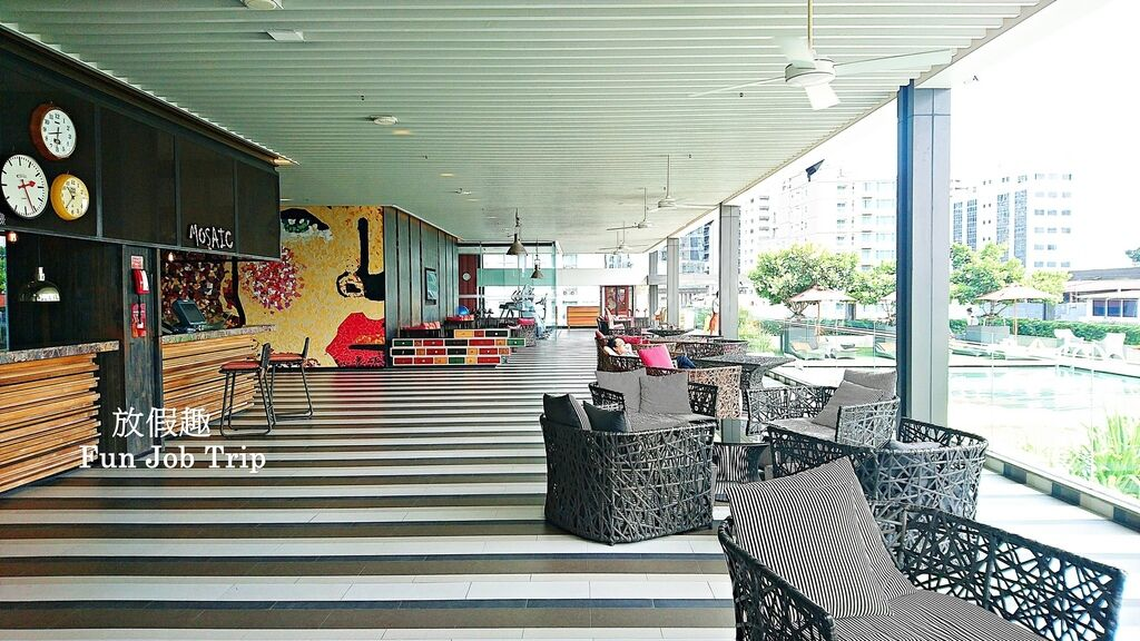 026.DoubleTree by Hilton Sukhumvit Bangkok.jpg