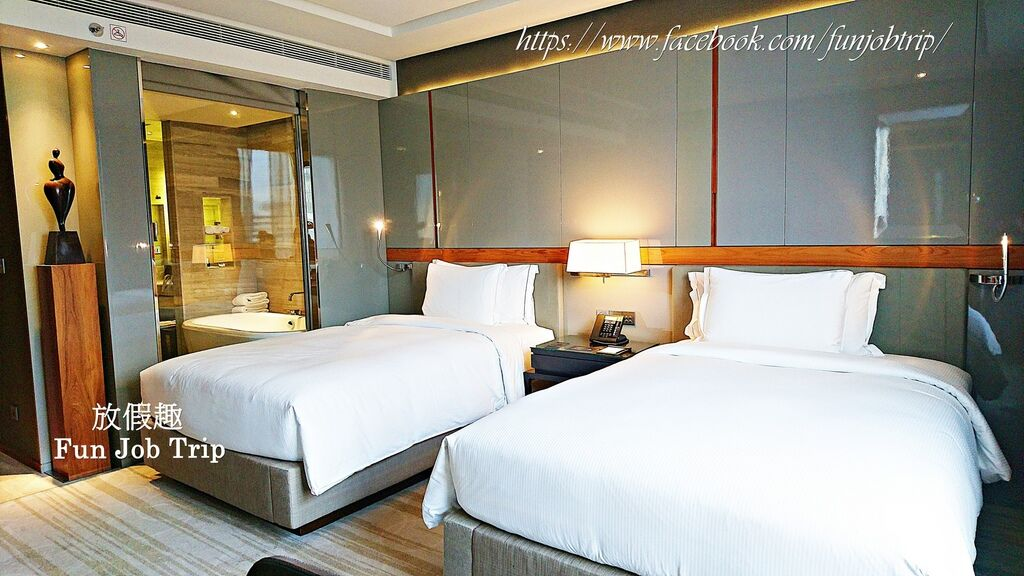 017.Hilton Sukhumvit.jpg
