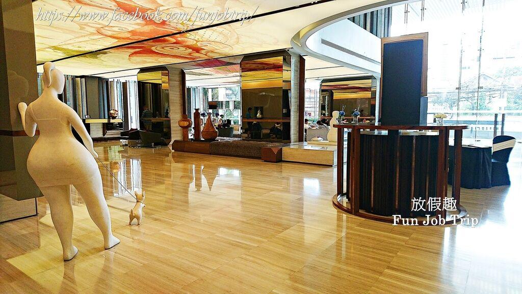 034.Hilton Sukhumvit.jpg