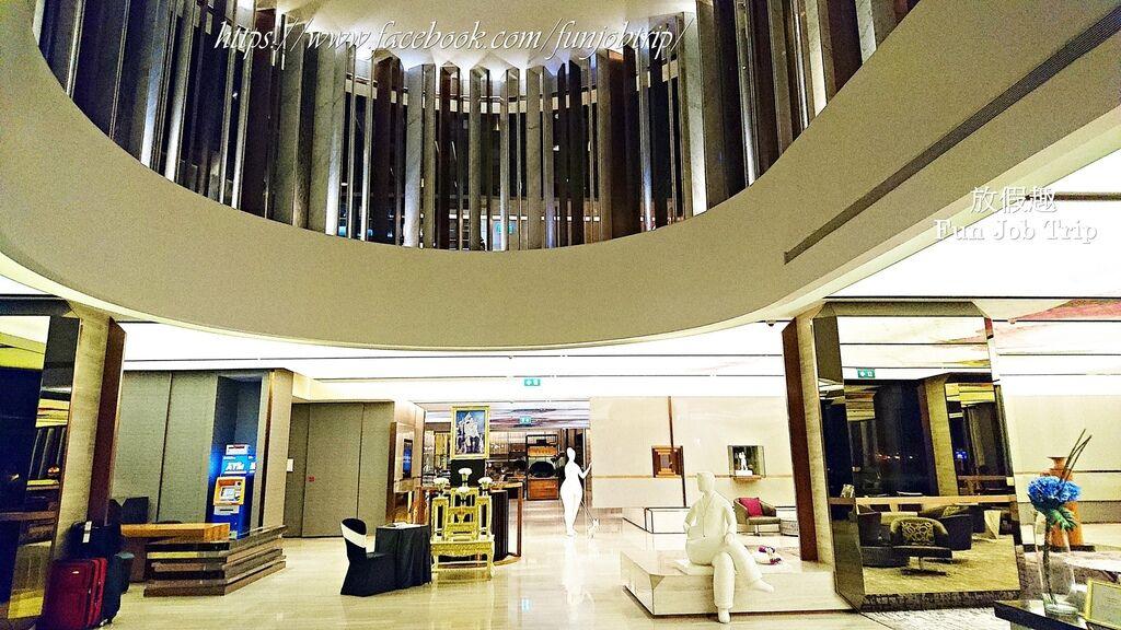 037.Hilton Sukhumvit.jpg