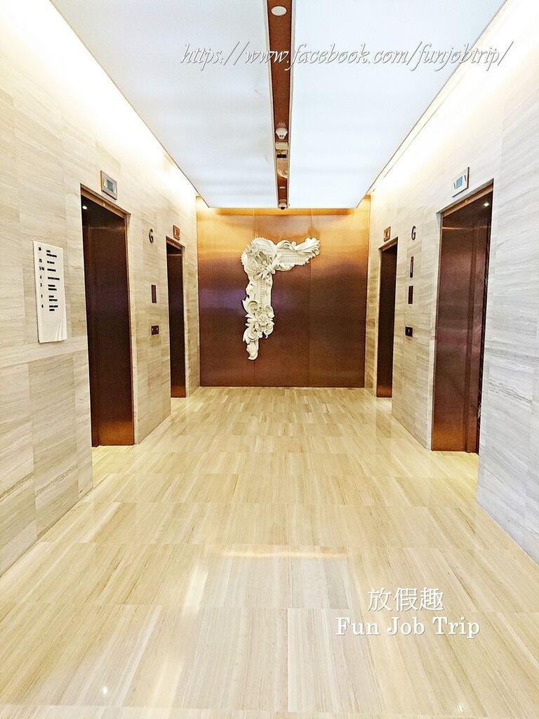 041.Hilton Sukhumvit.jpg