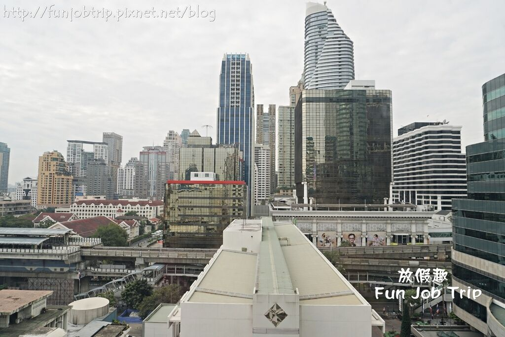 015.曼谷假日酒店.jpg