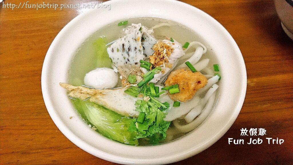 011.Zaews Noodle.jpg