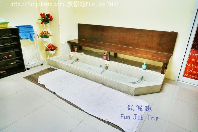 004.臥佛寺按摩學校素坤逸店.JPG