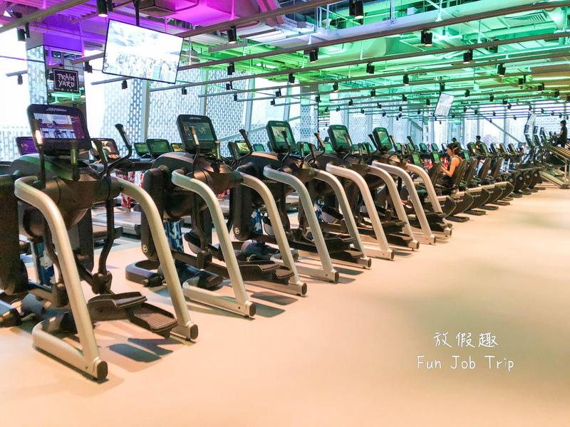 037北京新國貿.jpg