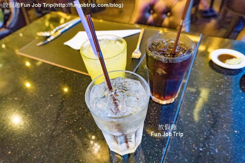 005_Copper Aquarium Restaurant.jpg
