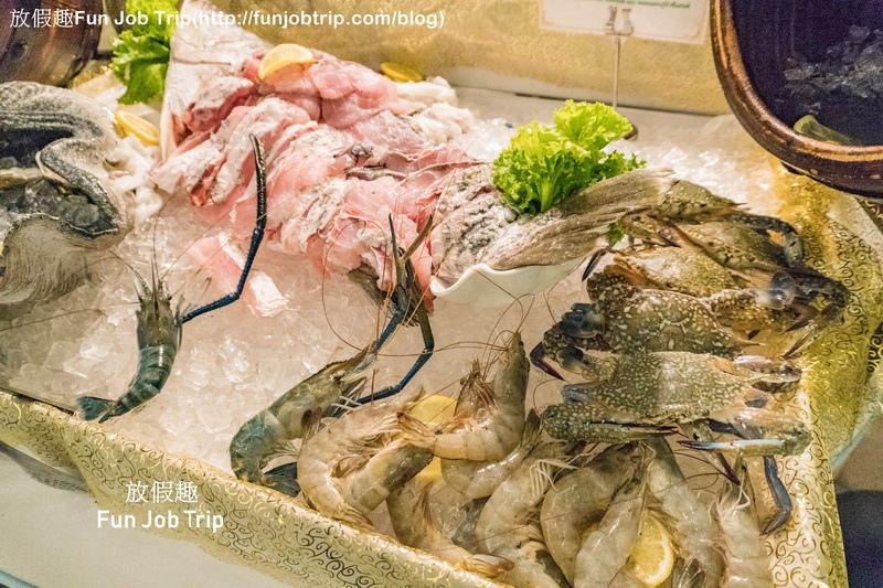 012_Copper Aquarium Restaurant.jpg