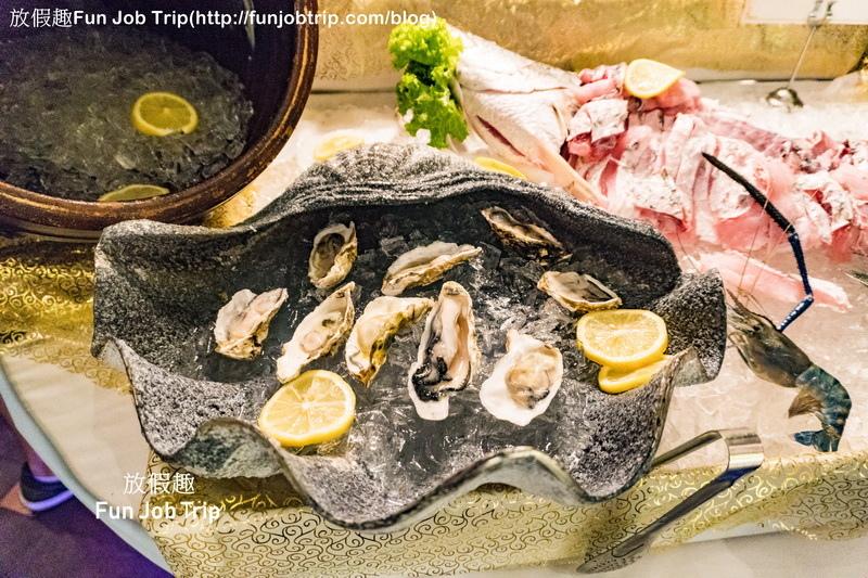 011_Copper Aquarium Restaurant.jpg