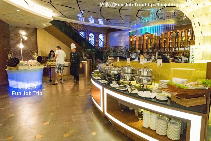 018_Copper Aquarium Restaurant.jpg
