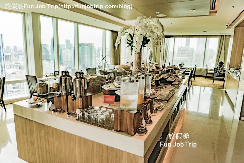 002_Eastin Grand Hotel Sathorn Bangkok.jpg
