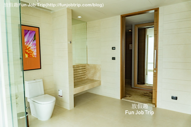 004_Eastin Grand Hotel Sathorn Bangkok.jpg