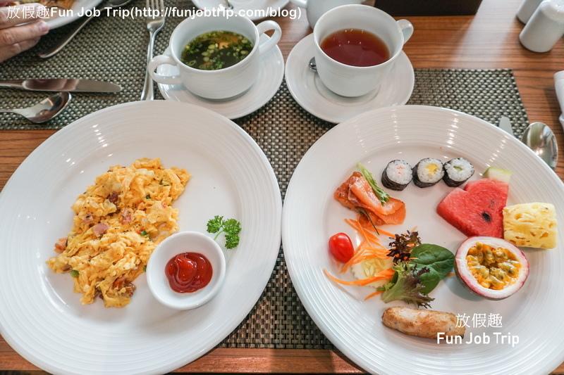 045_Eastin Grand Hotel Sathorn Bangkok.jpg