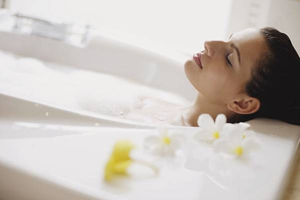 woman-bath.jpg