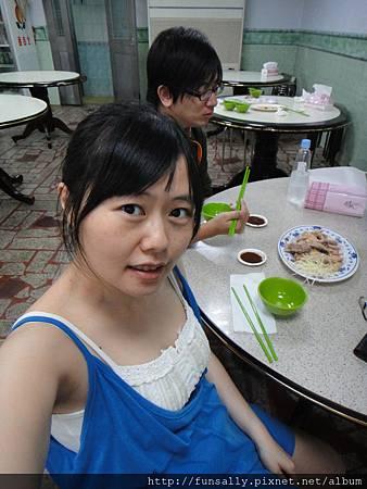 19w3d 又變回少女臉:ppp 我要乖乖游泳:ppp