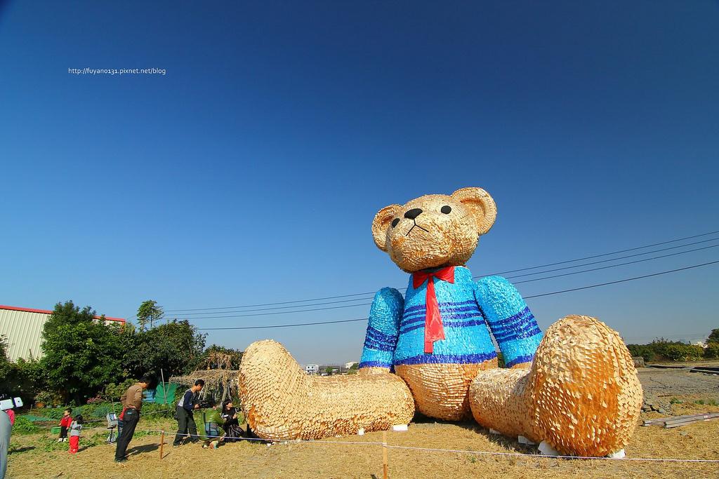 臺中地景藝術節 迷失小熊 (1)