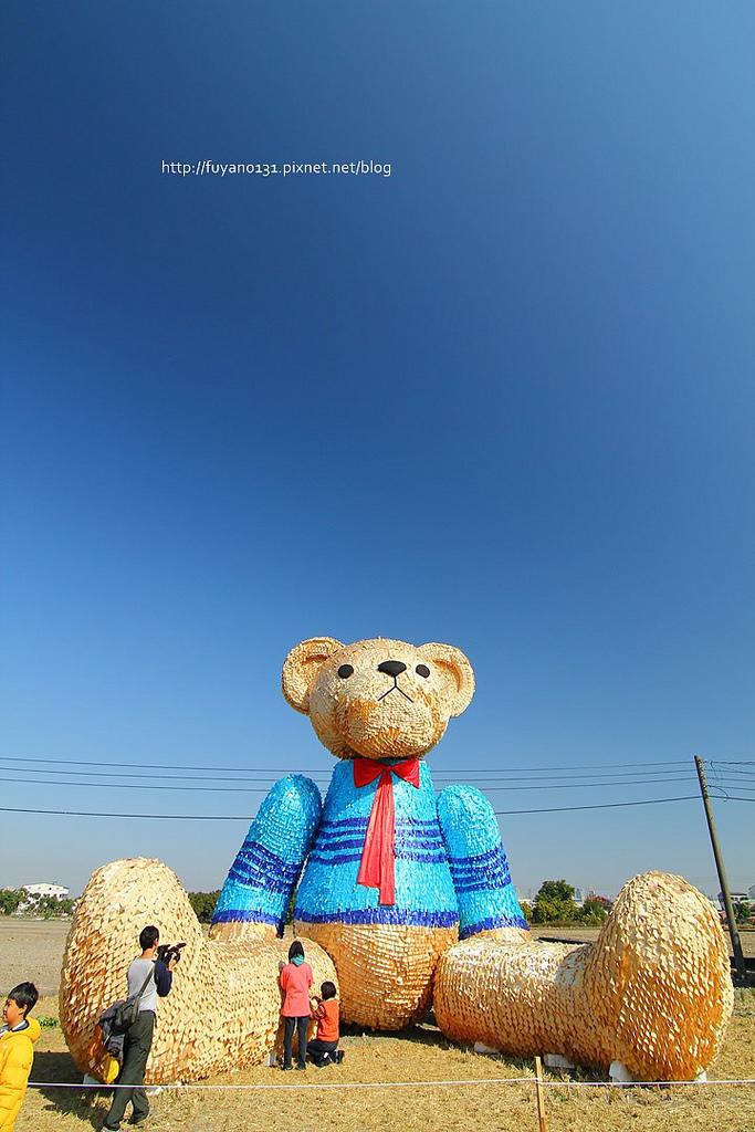 臺中地景藝術節 迷失小熊 (6)