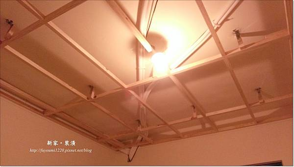 木工與冷氣銅管進場 (14)